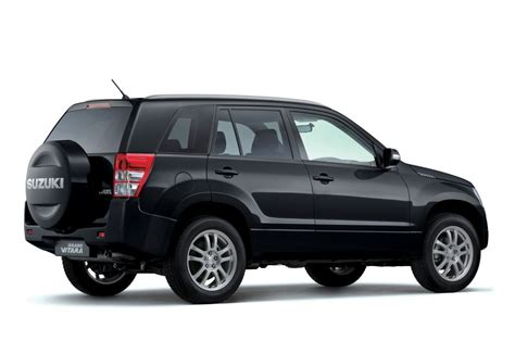 Cover Grand Vitara F New Warna suzuki grand vitara navigator 27 490 data details specifications which car
