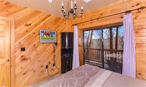 11 Bedroom Cabins In Gatlinburg by Gatlinburg Cabin Rentals A To