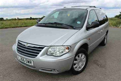 chrysler grand voyager 3 8 2006 auto images and specification chrysler grand voyager 2006 2 8 crd limited auto diesel stow n go