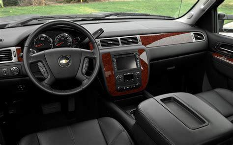 car engine manuals 2011 chevrolet silverado 1500 interior lighting 2011 chevrolet silverado 2500hd verdict motor trend