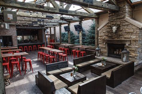 chicagos  heated enclosed patios  enjo