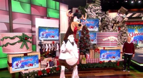 Ellen Degeneres Show Giveaways - ellen degeneres celebrates day 9 of 12 days of giveaways on the ellen show empty