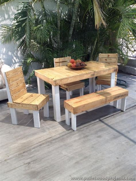 Patio Furniture From Pallets Patio Furniture Made From Wooden Pallets Pallet Wood