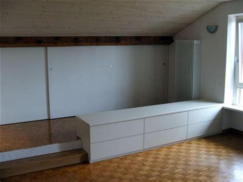 mobili mansarda progetto ristrutturazione mansarda idee falegnami