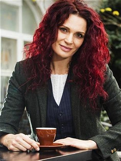 bea smith hair color wentworth actress danielle cormack reveals why she s getting rid of
