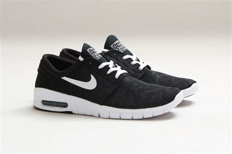 Nike Janosky Max 03 nike sb stefan janoski max black suede the sole supplier
