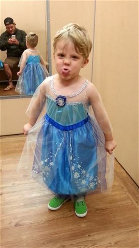 boys dressed as a girls why boys in princess dresses go viral and girls dressed