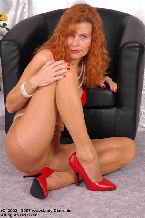 Redhead Lady Claire Posing In Tan Pantyhose Pichunter