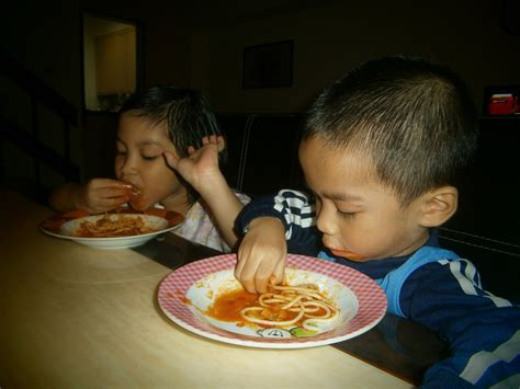 spaghetti bolognese semudah  umis cup cake