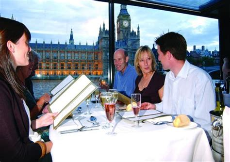 london thames river jazz lunch cruise bateaux london classic lunch cruise on the thames river