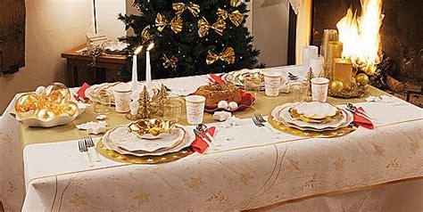 tavole decorate per natale come decorare la tavola delle feste di natale hiphipurr 224