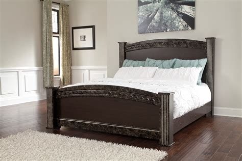 queen poster bed vachel queen poster bed from ashley b264 67 64 98 61