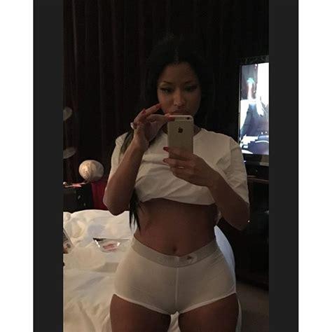 Bathtub Ring For Baby Nicki Minaj Flaunts Camel Toe On Instagram 36ng