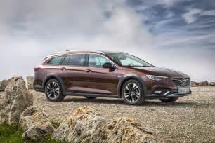 Opel Insignia Hybrid What Dieselgate 2018 Opel Insignia Adds New 2 0 Biturbo
