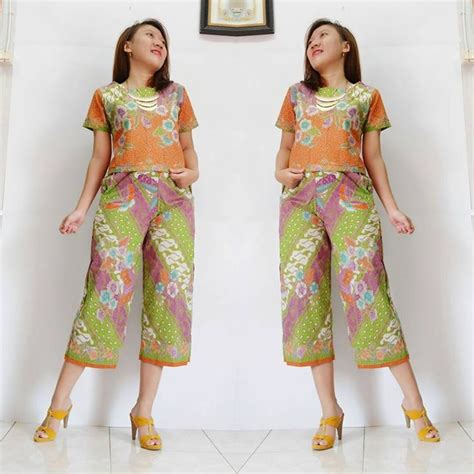 Setelan Batik Ruffle Batik Modern Setelan Batik Murah 704 best batik indonesia images on batik fashion batik dress and kebaya