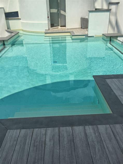 pavimenti bordo piscina pavimenti bordo piscina per la limitrofa alla piscina