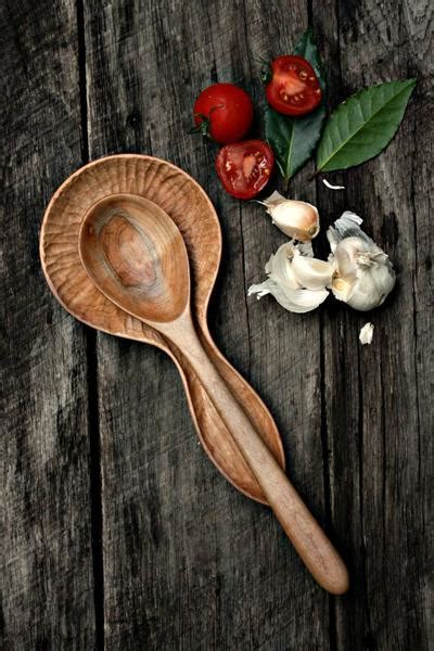 Hand Carved Wood Spoon Rest ? Old World Kitchen