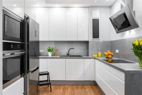 come arredare una cucina soggiorno come arredare una cucina lunga e stretta hellohome it