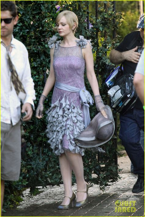 Great Wardrobe by Up And Comers Look Carey Mulligan In Costume On Quot The Great Gatsby Quot Set With Leonardo