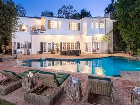 kyle richards house rhobh star kyle richards puts bel air mansion up for