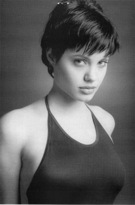 young celebrity photo gallery young angelina jolie photos angelina jolie young szukaj w google angelina jolie