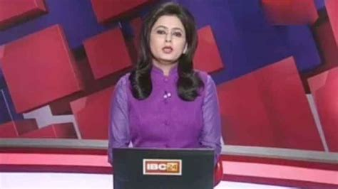 I Can Be Tv News Anchor 1 chhattisgarh tv anchor reads out news of husband s in car india news