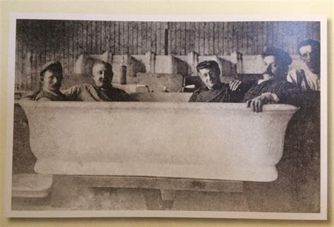 Taft Bathtub by Help Readers Reading President Taft Is Stuck In The