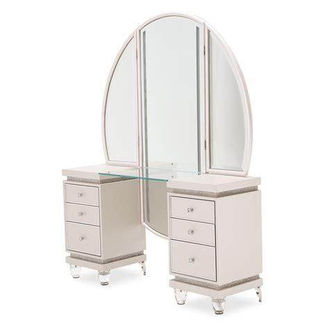 No 7 Vanity Mirror by Vanity Mirror Living Story