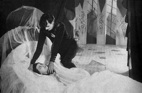 Cesare The Cabinet Of Dr Caligari by Review Das Cabinet Des Dr Caligari The Least