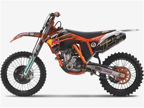 Ktm Motorcycle Pictures Bull Ktm Motorcycle Factory Racing Riders Mxgp Qatar