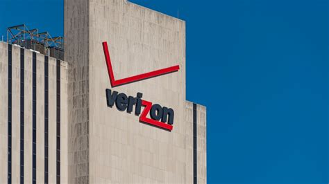 Call Lookup Verizon Verizon Plans To Call Centers In 5 States Fortune