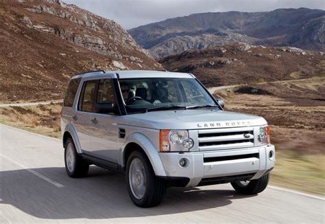 land rover australia records annual sales boost in 2008