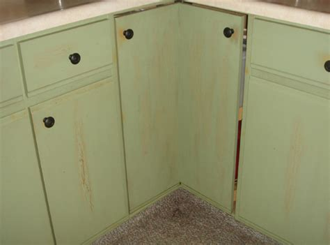 Paint For Kitchen Cabinet Doors by Remodelaholic Diy Refinished And Painted Cabinet Reviews