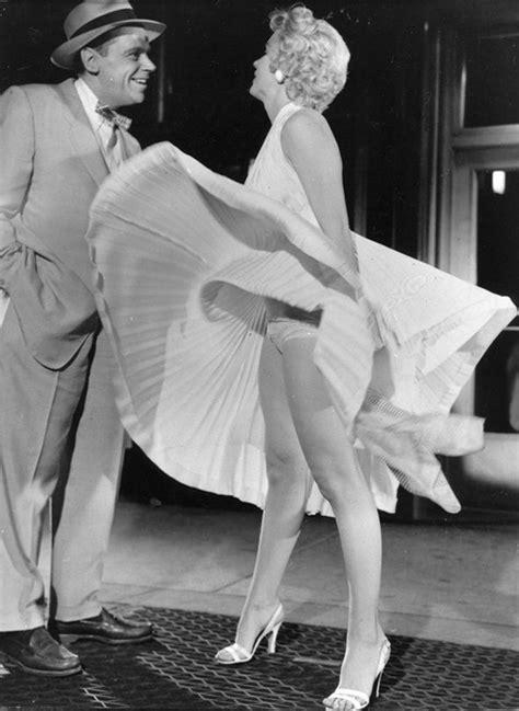 Dress Marilyn marilyn white dress moment exposed