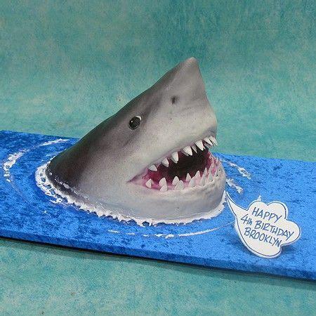 jaws boat cake shark cake beachy ocean parties pinterest pasta and
