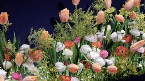 fiori di sanremo invasione di fiori in occasione della prossima edizione