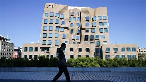 Of Technology Sydney Mba by Frank Gehry Comes To Sydney To Open New Uts Building