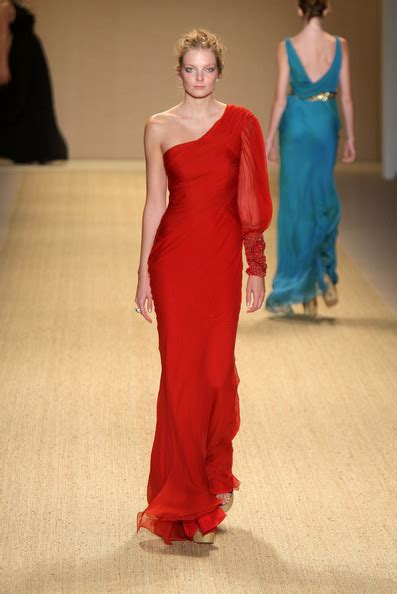 Battle Of The Lhuillier Teese Vs Grace by Lhuillier Runway 09 Mbfw 22 Of 113 Zimbio