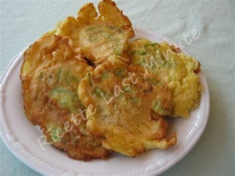 ricetta frittelle di fiori di zucca ricette last minute frittelle di fiori di zucca