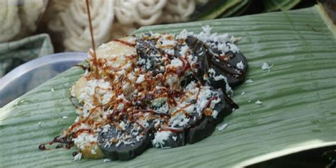 nostalgia  pasar jajanan tradisional banyuwangi kompascom