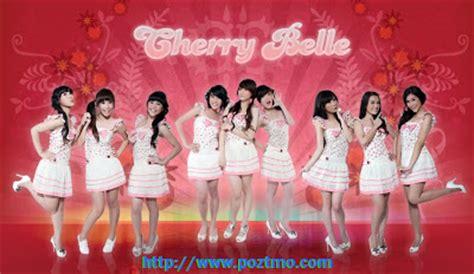 Wenda Syari Ungu cherry band indonesia