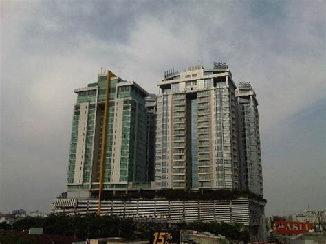 Swiss Bell Hotel Medan the edge restaurant 27th floors picture of grand swiss