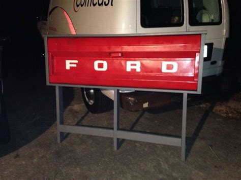 Truck Headboard by Best 25 Tailgate Headboard Ideas On Truck