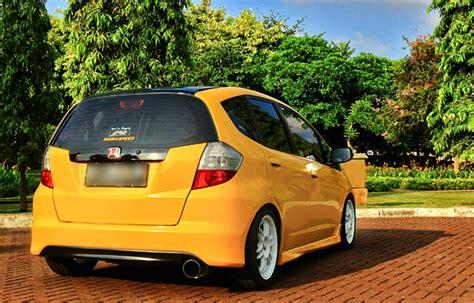 Kaos Honda Brio Kuning modifikasi honda jazz 2010 fokus di mesin autos id