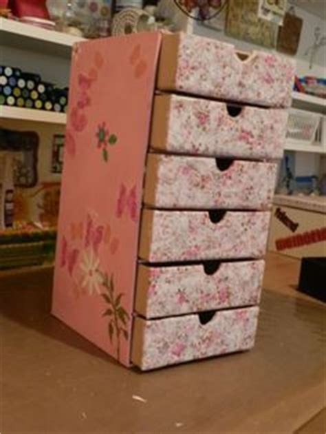 Diy Shelf Organizer by Best 25 Cardboard Box Storage Ideas On Diy Storage With Cardboard Boxes Crafts