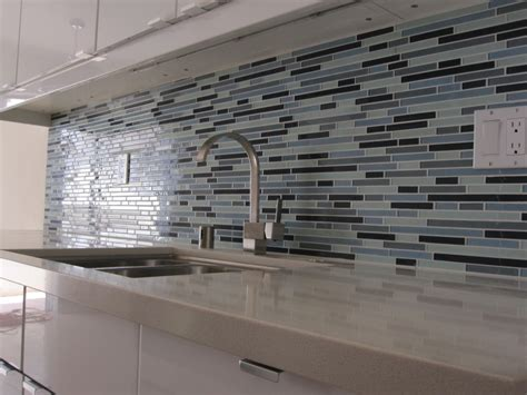 Backsplash Tile Ideas For Small Kitchens Kitchen Brilliant Modern Tile Backsplash Ideas For Kitchen With Blue Tile Pattern Glass