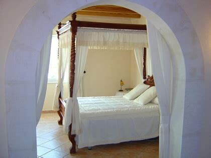 romantisches hauptschlafzimmer herrlicher landsitz mit tollem ambiente in binissalem