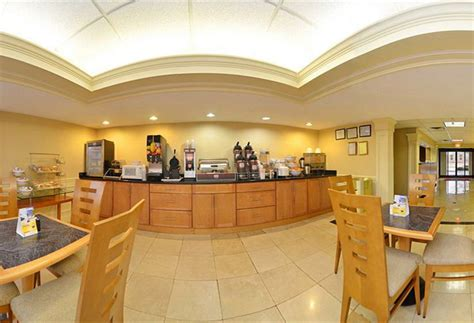 comfort suites at north point mall hotel comfort suites at north point mall a alpharetta a