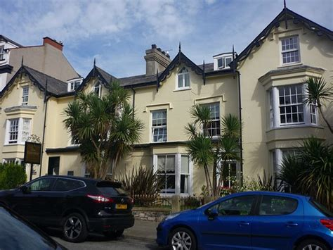 The Sunnyside Updated 2016 Guest House Reviews Price House Hotel Llandudno