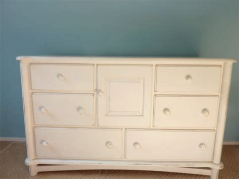 Ragazzi Changing Table Dresser For Sale Ragazzi Dresser Changing Table Distressed White